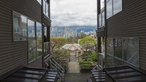 Vista sulla città moderna da vecchia costruzione Vancouver prspective Canada Immagini Stock