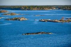vista sulla costa scandinava dello skerry fotografia stock libera da diritti