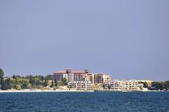 Vista sulla linea costiera bulgara nella luce del giorno Immagine Stock