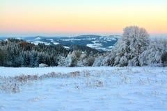 Vista sulla montagna di Krkonose da Kozakov Fotografia Stock
