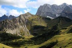 Vista sulla sommità delle alpi (karwendel) Immagine Stock Libera da Diritti