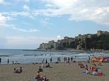 Vista sulla spiaggia della città fotografie stock libere da diritti