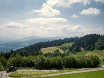 Vista sulle alpi dalla cima della collina Fotografia Stock Libera da Diritti