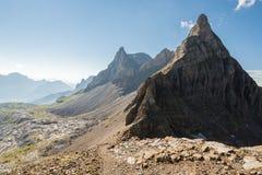 Vista sulle alpi durante l'aumento di Gratli della putrefazione in alpi svizzere Fotografia Stock