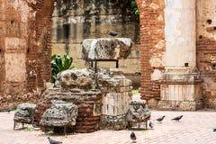 Vista sulle rovine dell'ospedale della st Nicolas di Bari, Santo Domingo, Repubblica dominicana immagine stock libera da diritti