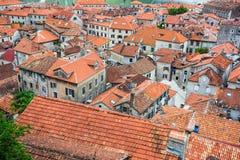 Vista superior da baía de Kotor e da cidade velha europa Montenegr Fotografia de Stock