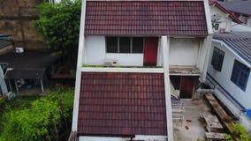 Vista superior da vizinhança suburbana em Banguecoque Ideia aérea de partes superiores do estacionamento e do telhado da urbaniza Imagem de Stock