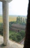 vista superior de la abadía de Pomposa y del valle del Po en Italia central Foto de archivo