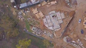 Vista superior de la base concreta para la casa constructiva clip Hermosa vista de la base preparada a la construcción de la casa metrajes