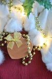 Vista superior de la caja del presente de la forma del corazón Imagen de archivo libre de regalías