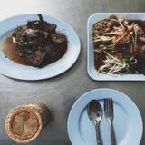 Vista superior de la comida tailandesa local Fotos de archivo libres de regalías