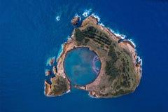 Vista superior de la costa de Ponta Delgada, isla de San Miguel, Azores foto de archivo