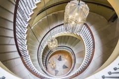 Vista superior de la escalera espiral del vintage Fotos de archivo libres de regalías