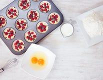 Vista superior de molletes inmaduros con los ingredientes Fotografía de archivo libre de regalías