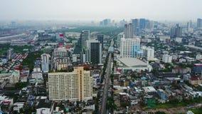 Vista superior de rascacielos en una ciudad grande Paisaje urbano de la ciudad en Asia Tailandia Vista superior de la ciudad mode metrajes