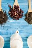 Vista superior de três copos de chá vazios Fotos de Stock Royalty Free