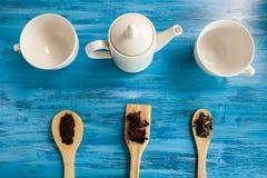 Vista superior de três copos para o chá Imagens de Stock Royalty Free