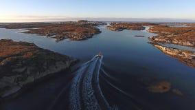 Vista superior del mar con el barco noruega almacen de video