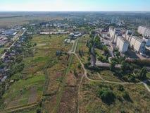 Vista superior del pequeño pueblo Fotografía de archivo