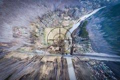 Vista superior del pueblo hermoso del abej?n foto de archivo