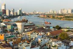 Vista superior del río de Saigon Imagenes de archivo