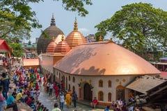 Vista superior del templo de Kamakhya Mandir en estado de Guwahati, Assam, la India del este del norte fotografía de archivo