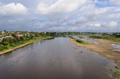 Vista superior del terreno de aluvión Sukhona en Tot'ma foto de archivo libre de regalías