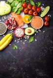 Vista superior do alimento da dieta saudável fotos de stock royalty free
