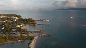 Vista superior do porto do navio na ilha Tailândia de Phangan do koh video estoque