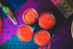 Vista superior em um grupo de quatro bebidas do Bloody Mary Fotos de Stock Royalty Free