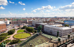 Vista superior na cidade da plataforma de observação do St Isaac Foto de Stock Royalty Free