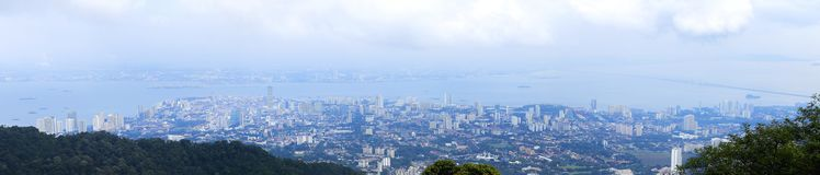 Vista superior olhar de Georgetown, ilha de Penang, Malásia da parte superior de Imagens de Stock
