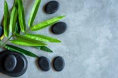Vista superior Os termas da pedra quente e o aroma tailandeses dos tratamentos dos cuidados médicos e da massagem relaxam, copiam fotografia de stock royalty free