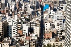 Vista superior sobre a construção residencial no Tóquio Imagens de Stock Royalty Free