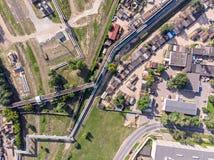 Vista superiore aerea dell'infrastruttura di zona industriale della città fotografia stock