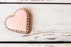 Vista superiore del biscotto del cuore fotografia stock