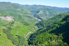 Vista superiore del canyon del montain di estate Fotografie Stock Libere da Diritti