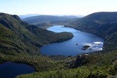Vista superiore del lago dove dalla pista del fronte Immagine Stock Libera da Diritti