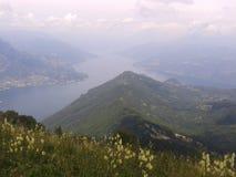 Vista superiore del lago italiano di Como Fotografie Stock