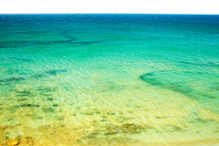 Vista superiore del mare e della spiaggia fotografia stock libera da diritti