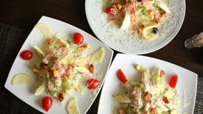 Vista superiore dell'insalata Piatti sulla tavola Concetto di fotografia dell'alimento Dieta sana Dimensione dell'insegna Immagini Stock