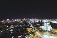 Vista superiore della città di Da Nang alla notte Immagini Stock