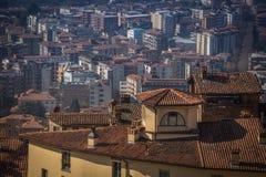 Vista superiore della città e dei tetti di Bergamo Immagine Stock