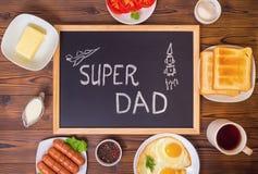 Vista superiore della festa del papà di concetto con il papà eccellente del testo scritto a mano Immagini Stock Libere da Diritti