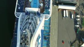 Vista superiore della nave da crociera video d archivio