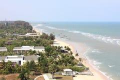 Vista superiore della spiaggia del hin di hua, Tailandia Immagine Stock