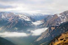 Vista superiore di alta montagna Fotografie Stock