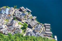 Vista superiore di Hallstatt - bello villaggio di Alpen Fotografie Stock