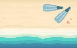 Vista superiore di immergersi le alette nella progettazione piana dell'icona sul fondo della spiaggia Fotografia Stock Libera da Diritti