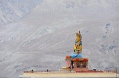 Vista superiore di, la grande statua di Maitreya Buddha fotografia stock libera da diritti